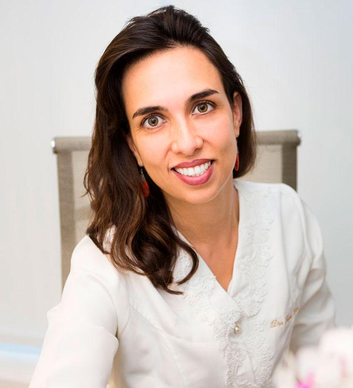 Dra. Fernanda Scarlatti