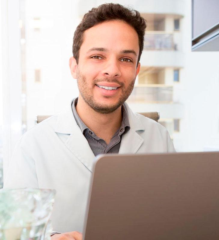 Dr. Leon Silva